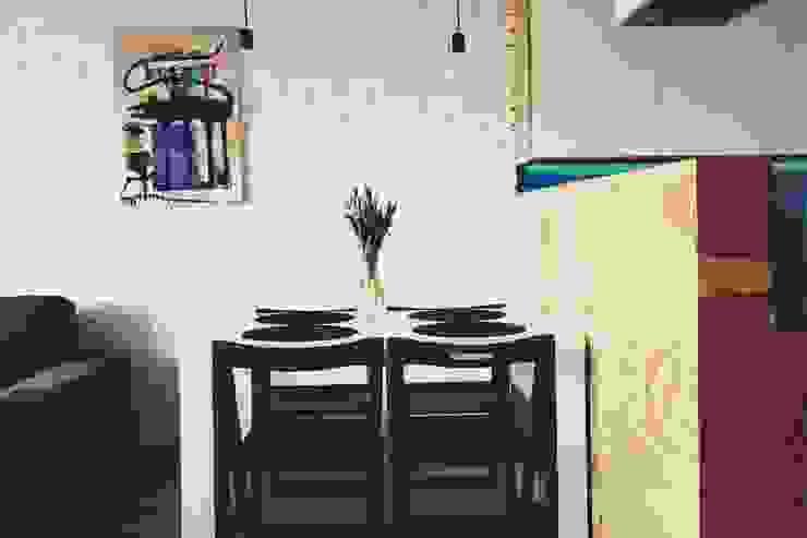 ofdesign Oskar Firek Plywood Warsaw kuchnia/jadalnia Skandynawska jadalnia od OFD architects Skandynawski