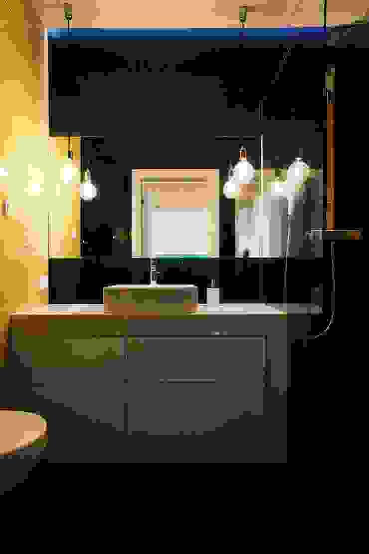 ofdesign Oskar Firek Plywood Warsaw łazienka Minimalistyczna łazienka od OFD architects Minimalistyczny