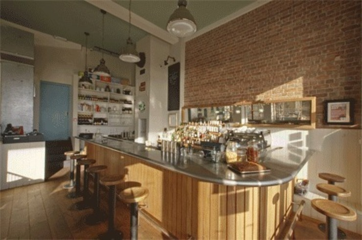 bar and back bar Eclectic style gastronomy by Engaging Interiors Limited Eclectic