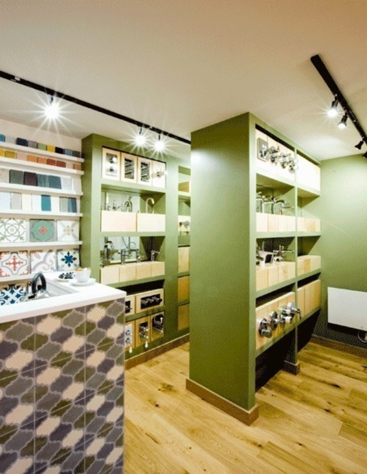 Bathroom resource centre interior Modern commercial spaces by Engaging Interiors Limited Modern
