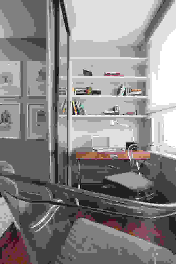 Апартаменты в жк <q>Авеню 77</q> / Москва Бюро TS Design Рабочий кабинет в эклектичном стиле