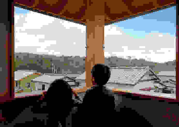 N House モダンな 窓&ドア の 磯村建築設計事務所 モダン