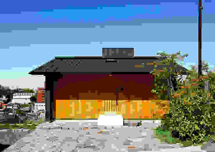 磯村建築設計事務所 Casas modernas