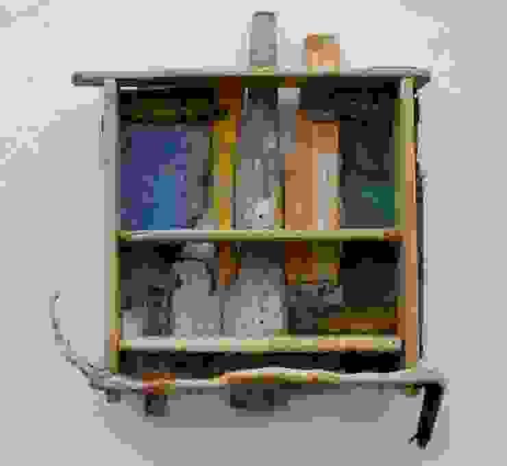 Driftwood Shelves: scandinavian  by Julia's Driftwood, Scandinavian
