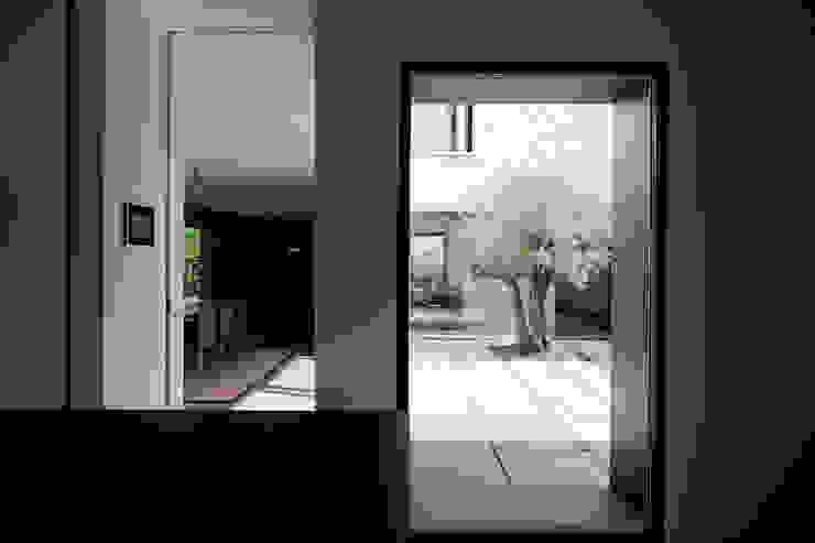 Woning VAWE Minimalistische keukens van areal architecten cvba Minimalistisch