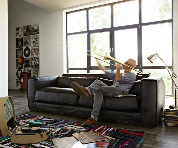 Basta sofa: modern  door Asiades, Modern