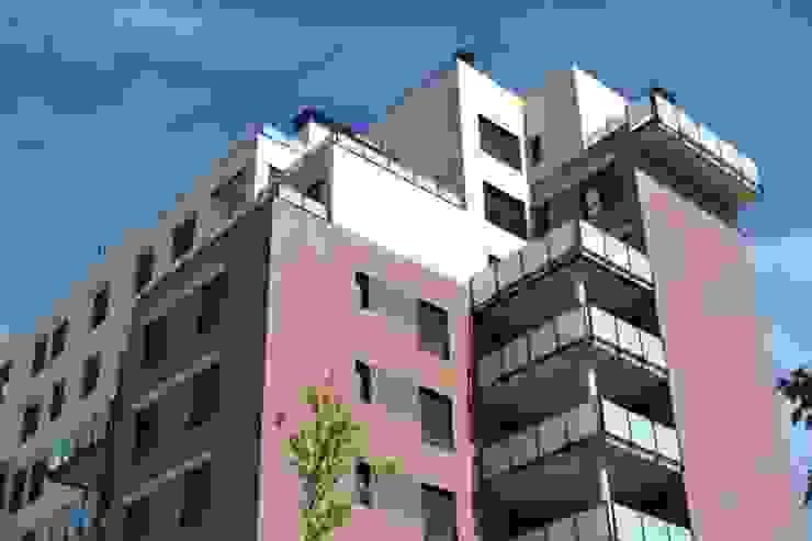 Vista exterior Casas de estilo moderno de ALIA, Arquitectura, Energía y Medio Ambiente Moderno