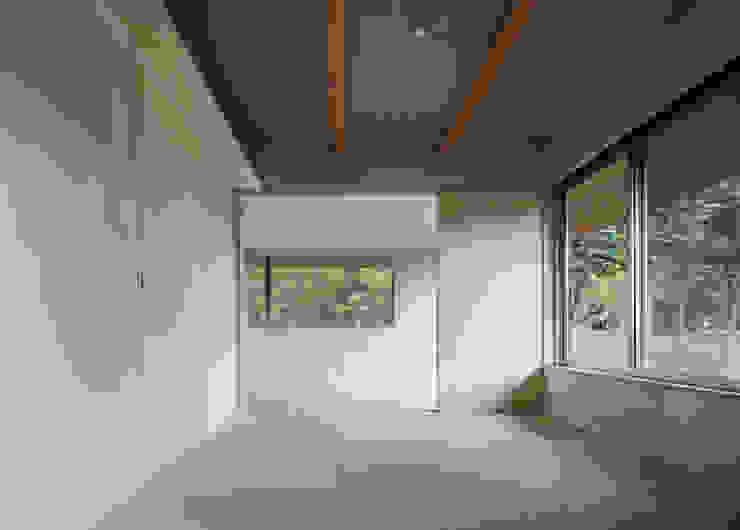 各部屋とつながる和室 モダンな 家 の m・style 一級建築士事務所 モダン 木 木目調