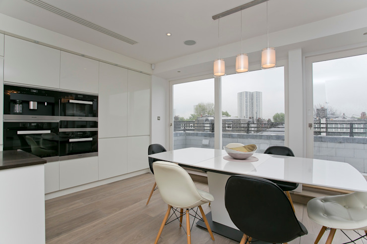 Kitchen and dining area: modern  by Temza design and build, Modern