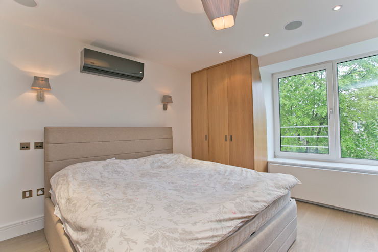 Bedroom Modern style bedroom by Temza design and build Modern
