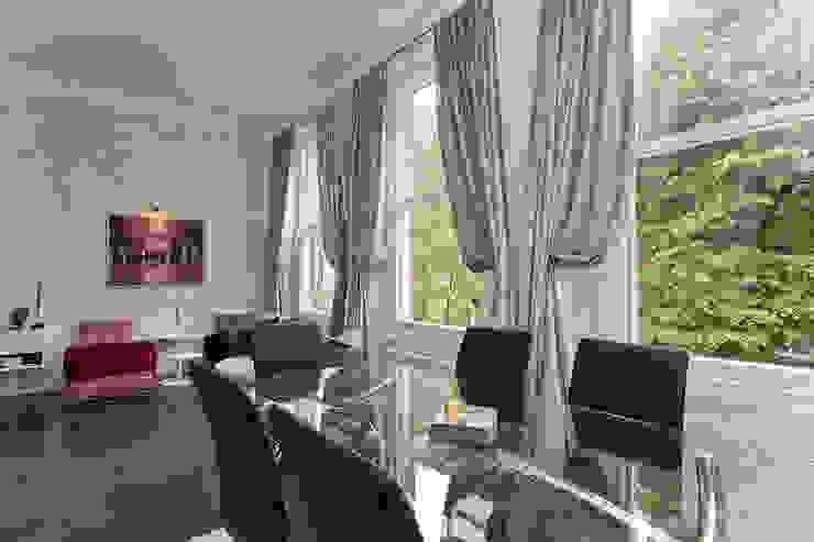 Dining room by Temza design and build Сучасний