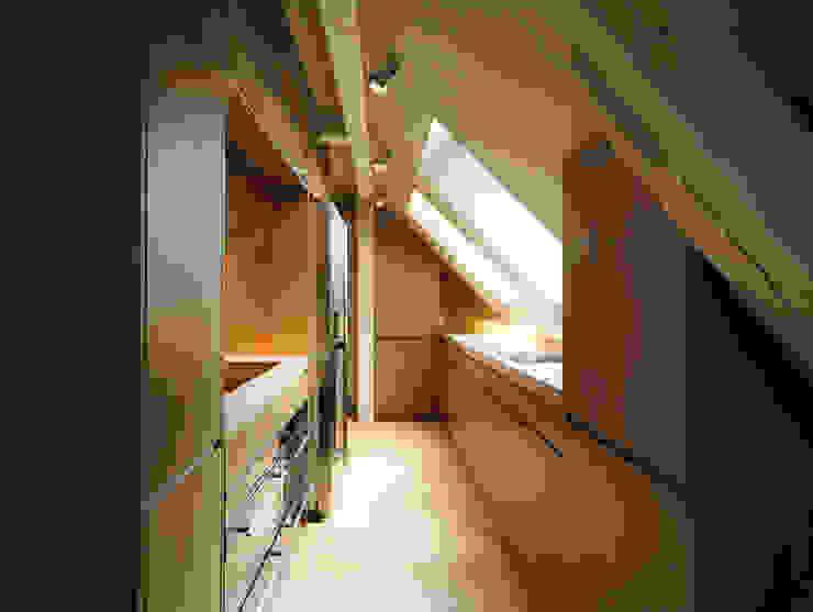 Penthouse Zürich 250m2 Moderne Küchen von Iria Degen Interiors Modern