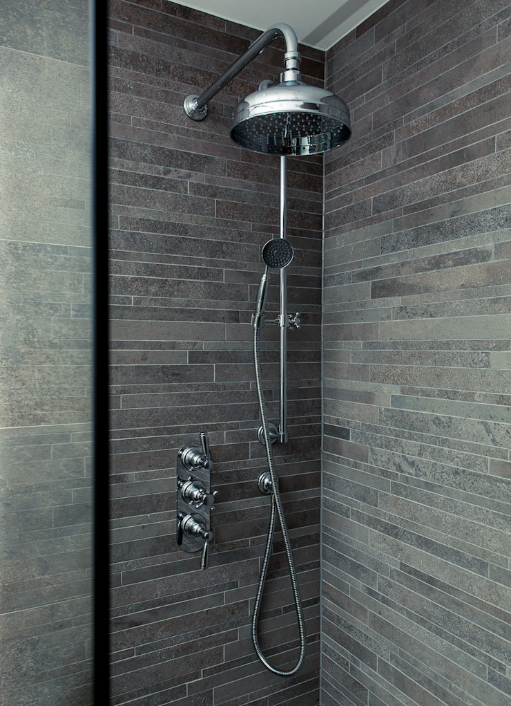 Bathroom: modern  by Temza design and build, Modern