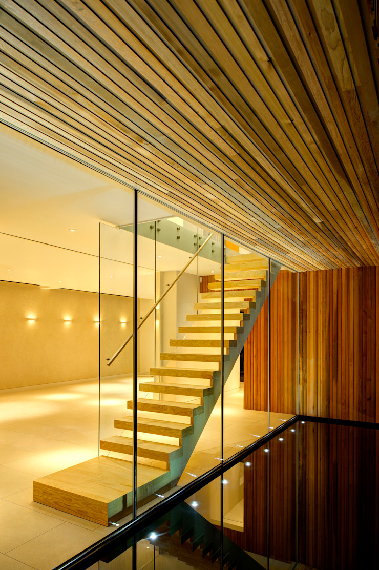 Water Modern corridor, hallway & stairs by MZO TARR Architects Modern