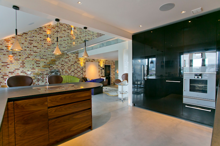 Kitchen: modern  by Temza design and build, Modern