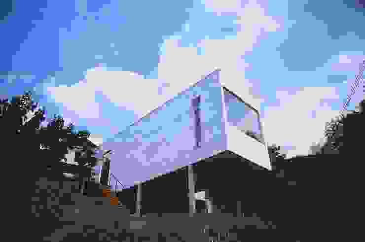 喫茶 陶花 お日さまのあるとき. ミニマルな商業空間 の 宮城雅子建築設計事務所 miyagi masako architect design office , kodomocafe ミニマル