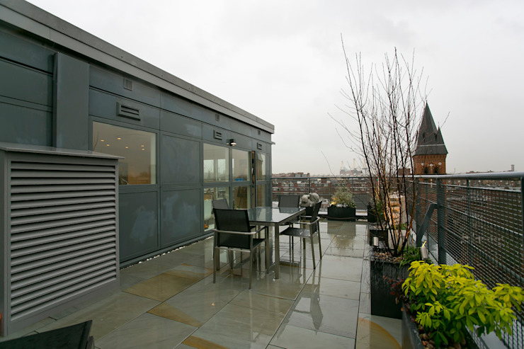 Terrace Modern balcony, veranda & terrace by Temza design and build Modern