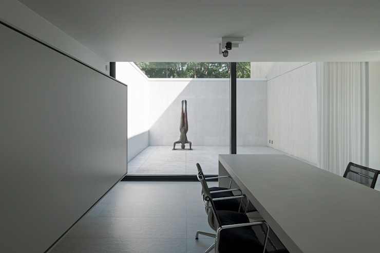 DM Residence Moderne studeerkamer van CUBYC architects Modern