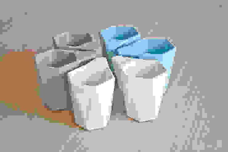 Kubek MODERN: styl , w kategorii  zaprojektowany przez KABO & PYDO design studio,Nowoczesny