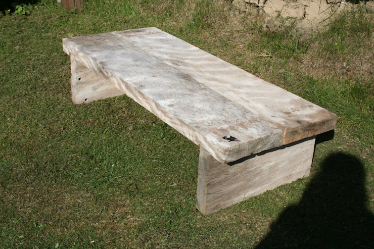 Garden seating or Coffee table, Solid Oak: rustic  by Julia's Driftwood, Rustic