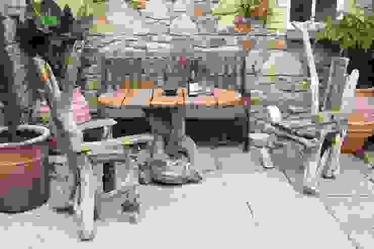 Driftwood Garden set: rustic  by Julia's Driftwood, Rustic