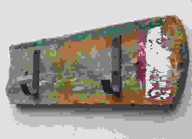 Driftwood Coat Hooks: rustic  by Julia's Driftwood, Rustic