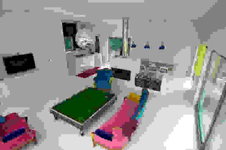 Phòng khách theo Neostudio Architekci, Hiện đại