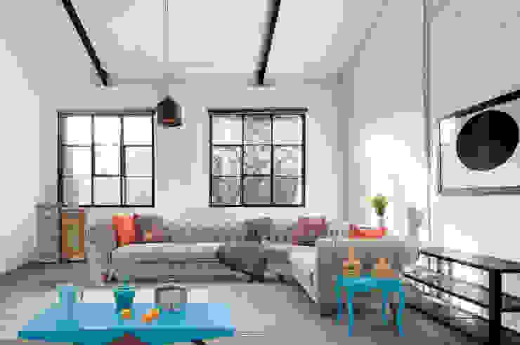 Trabcelona Design – ancona corner: modern tarz , Modern