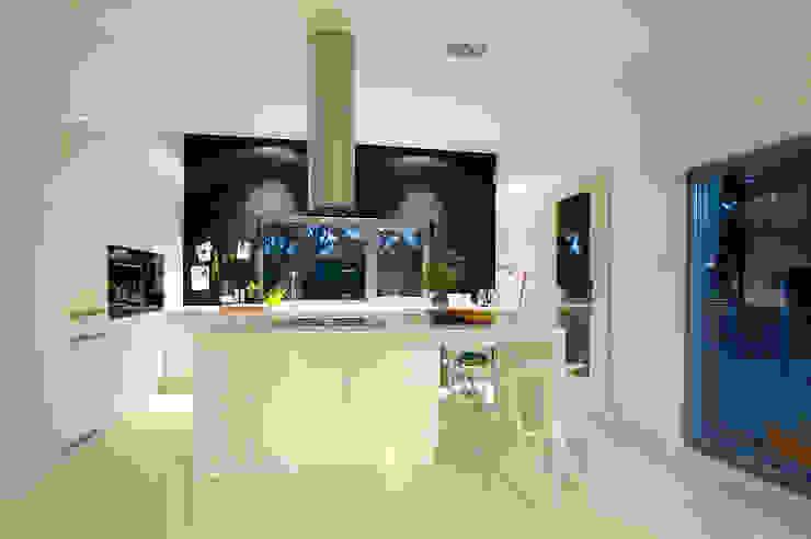 Dom pod Poznaniem: styl , w kategorii Kuchnia zaprojektowany przez Neostudio Architekci,Nowoczesny
