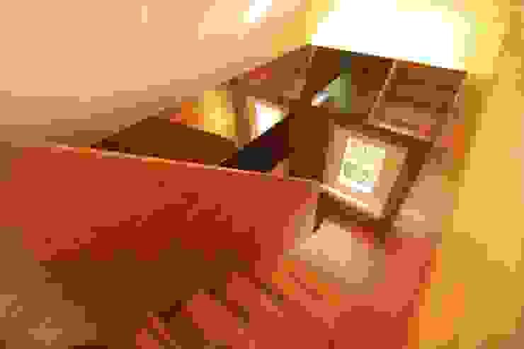 Dachausbau Kleine Villa, Bad Homburg Moderner Flur, Diele & Treppenhaus von bjoernschmidt architektur Modern