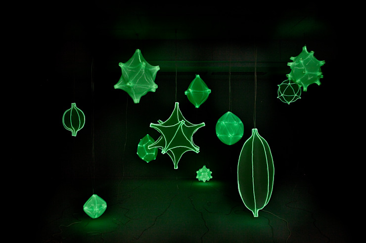 The glow-in-the-dark effect:  Slaapkamer door Bernotat&Co,