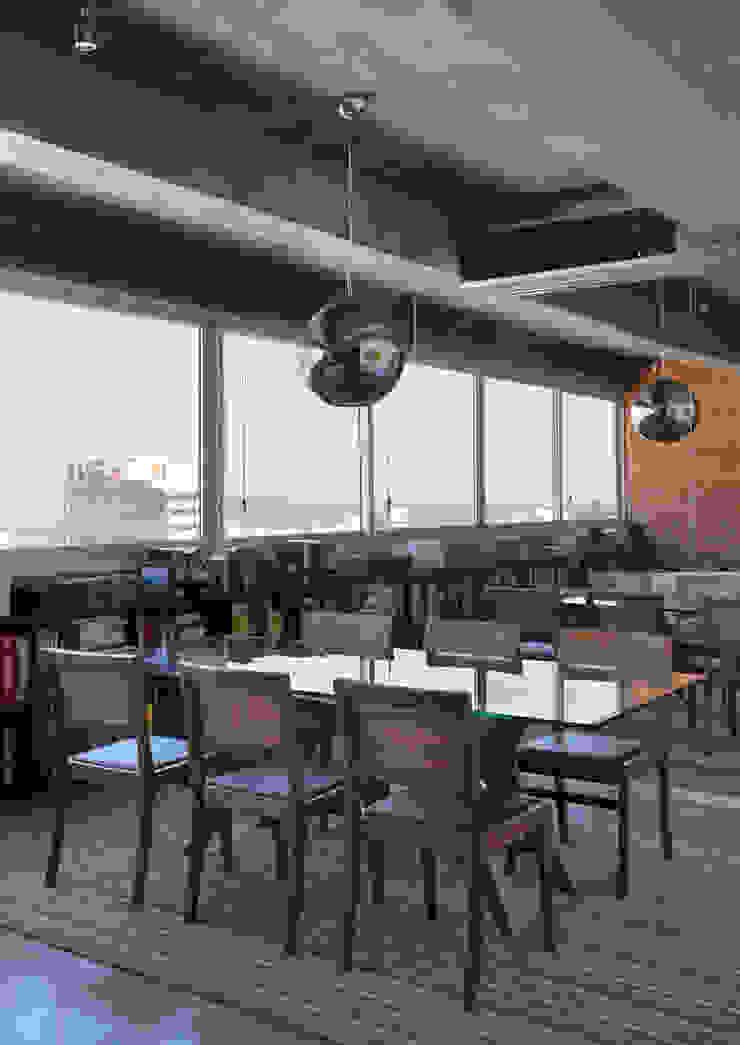 Comedores modernos de House in Rio Moderno