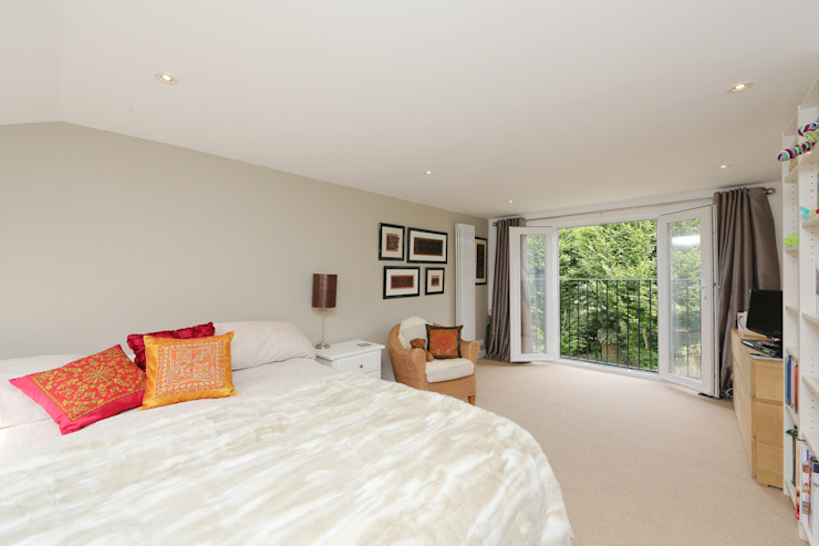 ​dormer loft conversion wandsworth Modern style bedroom by homify Modern