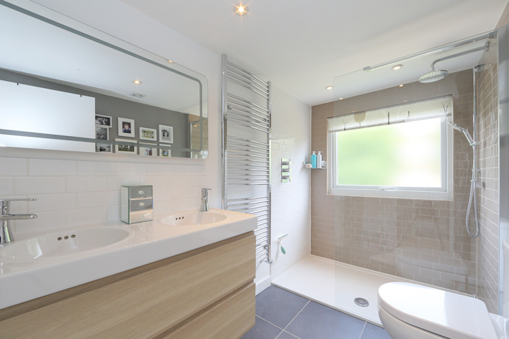 ​dormer loft conversion wandsworth Modern style bathrooms by homify Modern