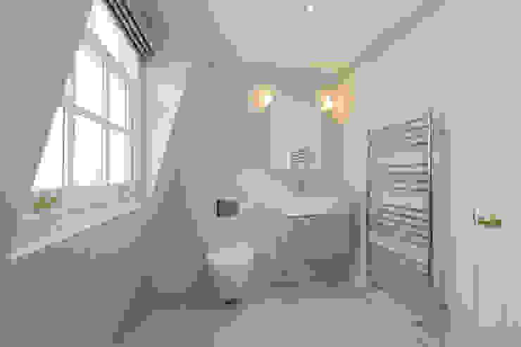 double mansard loft conversion chelsea Modern bathroom by homify Modern