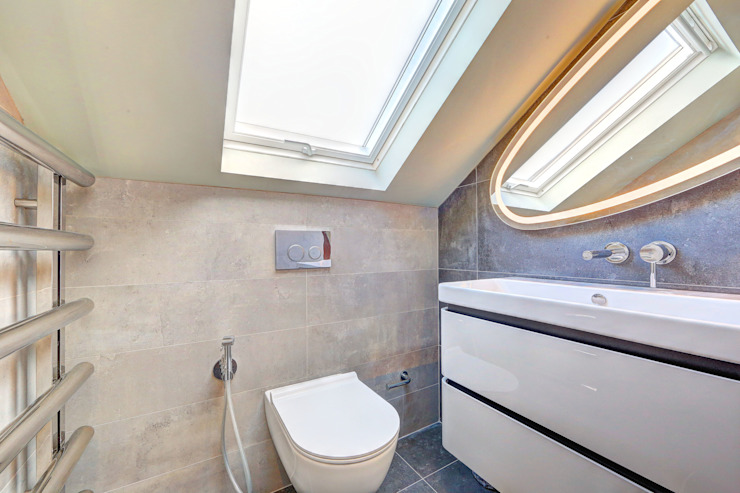 ​l-shaped dormer loft conversion wandsworth Modern bathroom by homify Modern