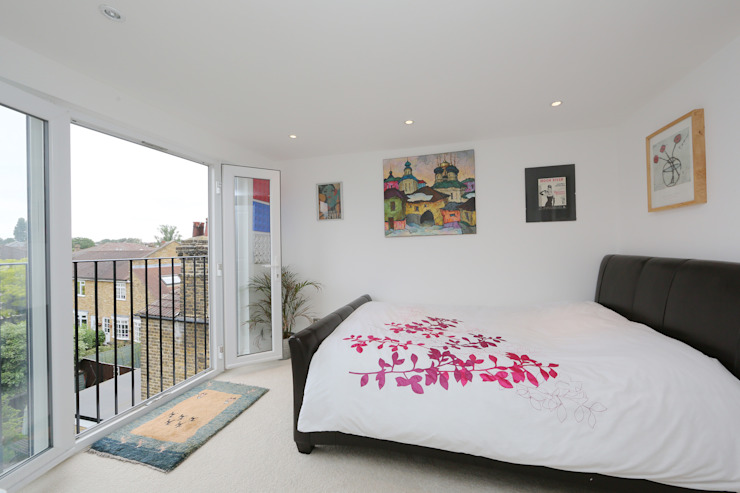 ​hip to gable loft conversion wimbledon Modern style bedroom by homify Modern