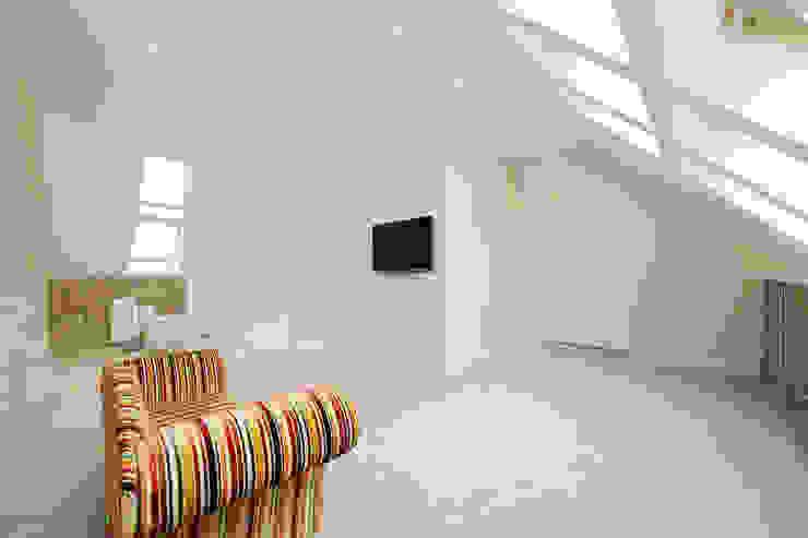 velux loft conversion surrey Modern style bedroom by homify Modern