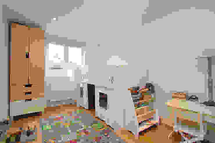 l-shaped dormer loft conversion clapham Modern nursery/kids room by homify Modern