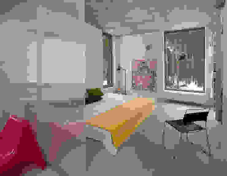 Dom w Józefowie Minimalistyczna sypialnia od ANONIMOWI ARCHITEKCI Minimalistyczny
