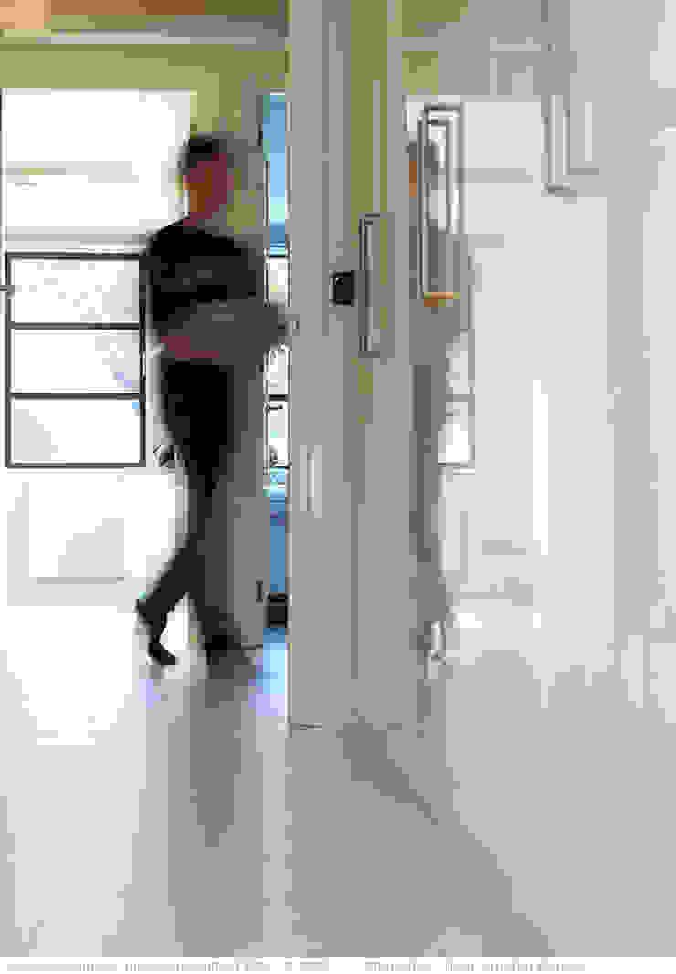 transformatie naar een ingetogen luxe villa te Heiloo Landelijke gangen, hallen & trappenhuizen van Heleen Rombout interieurarchitect BNI Landelijk