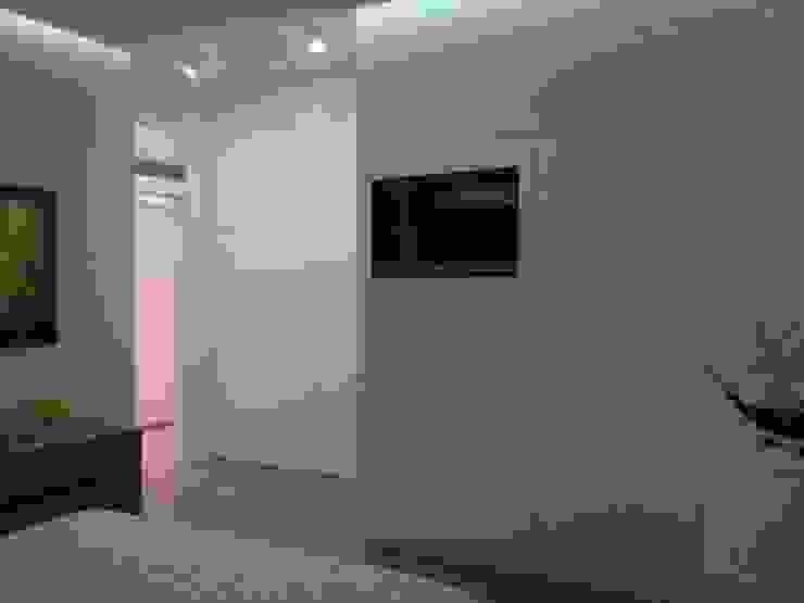 Quando lo spazio è prezioso…sensazioni di un Loft Architettura Camera da lettoArmadi & Cassettiere