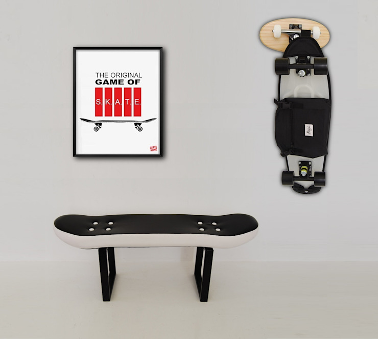 Skateboard Fackie Pressure stool, Crooked coat rack and Game of skate Illustration de skate-home Moderno