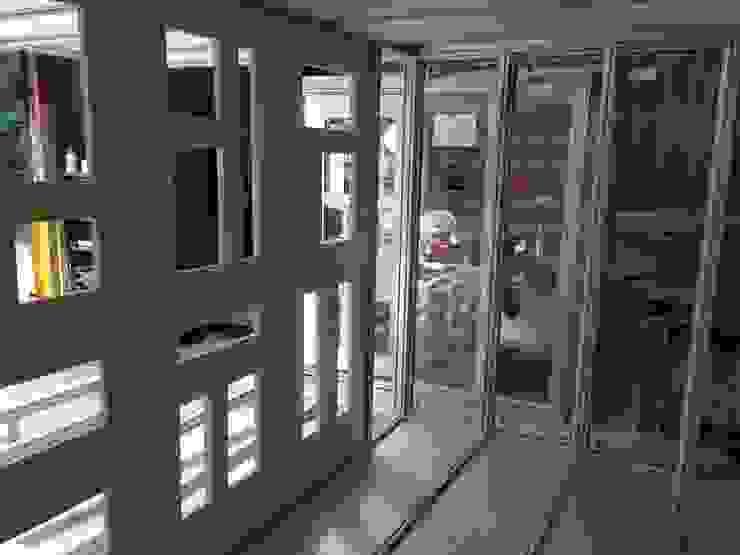 Hawaiian Room project Modern study/office by Modular105.co.uk Modern