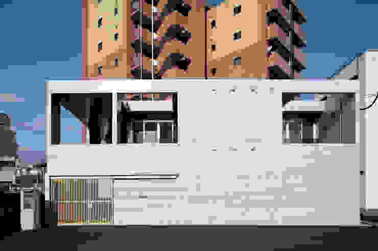 現代房屋設計點子、靈感 & 圖片 根據 長谷雄聖建築設計事務所 現代風
