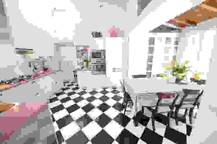 La cucina Cucina moderna di Studio Fori Moderno