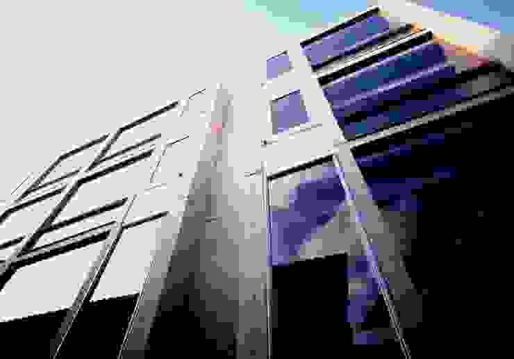 Residence LILAS モダンな 家 の SOCIUS一級建築士事務所 モダン
