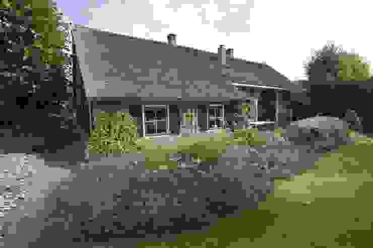 Boerderij tuinen & landelijke tuinen Klassieke tuinen van Meeuwis de Vries Tuinen Klassiek