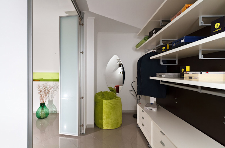 Modern offices & stores by Pansera Mobili Modern
