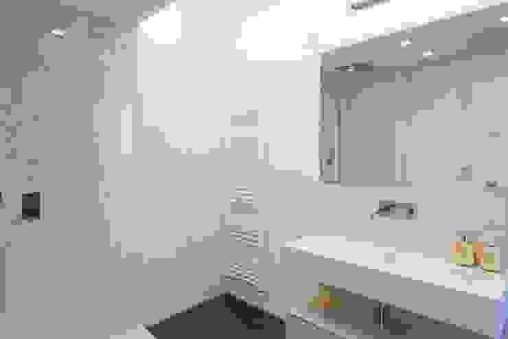 Andrea Stortoni Architetto Modern Bathroom